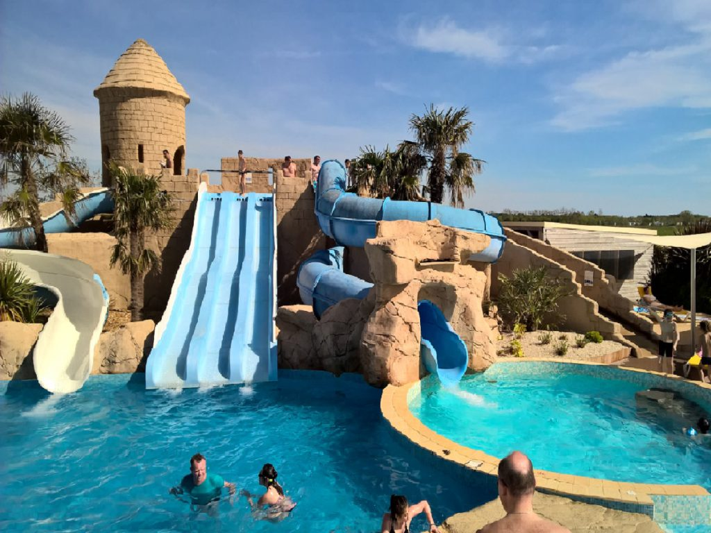 Camping 5 toiles saint jean de monts avec piscine for Piscine st jean de monts